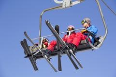 滑雪电缆车在雍Pyong韩国 免版税库存图片