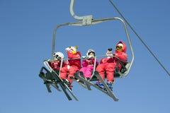 滑雪电缆车在雍Pyong韩国 免版税图库摄影