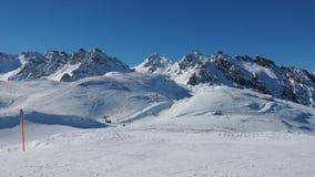 滑雪电缆车在Pizol滑雪区域 库存图片