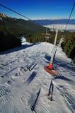 从滑雪电缆车的看法在班斯科 库存照片