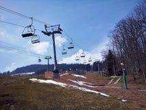 滑雪电缆车,阿尔卑斯 免版税库存照片