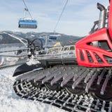 滑雪的倾斜准备的机器 图库摄影