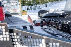 滑雪的倾斜准备的机器 免版税库存照片