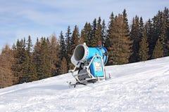 雪的大炮 图库摄影