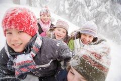 雪的孩子 库存图片