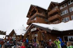 滑雪的小屋 库存照片