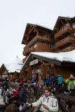 滑雪的小屋 免版税库存照片