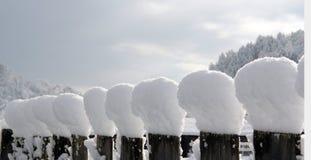 雪盖帽 免版税库存照片