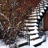 雪盖的楼梯 免版税库存照片