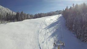 滑雪胜地的鸟瞰图 股票录像