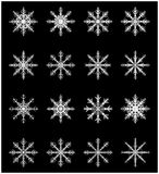雪花剪影象,标志,设计集合 冬天,圣诞节在黑背景的传染媒介例证 免版税库存照片