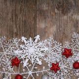 雪花和圣诞节装饰边界  图库摄影