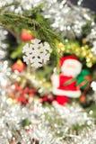 雪花圣诞树装饰 免版税库存照片