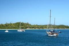 雪花石膏海滩在南太平洋海岛 免版税库存照片