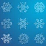 雪花象 背景能例证主题使用的冬天 不同的形状冬天雪花  免版税库存图片