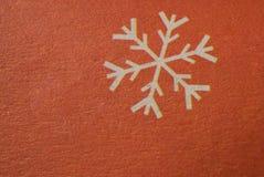 雪花-在纸宏观射击的冬天或圣诞节标志 免版税库存照片