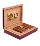 雪茄盒开张了 免版税图库摄影