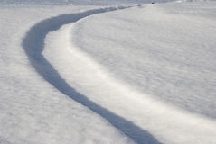 雪跟踪扭转 图库摄影