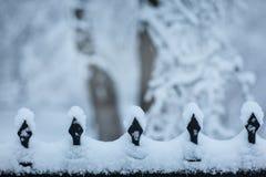 雪边界在有空间的公园文本的 免版税库存照片