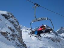 滑雪驾空滑车 免版税库存照片