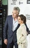 雷・利奥塔和西尔维娅隆巴多在首场演出到达2017年Tribeca电影节 免版税图库摄影