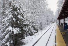 雷丁在雪的火车站 免版税库存照片