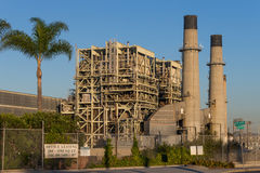 雷东多海滩能源厂 免版税库存图片