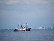 雷克雅未克海岸, ICELAND-JULY 27 :捕鲸小船wi 库存照片