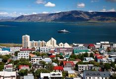 雷克雅未克,冰岛的首都鸟瞰图  免版税图库摄影
