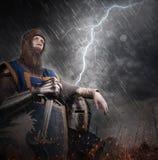 雷击战场的一个骑士 库存照片