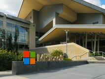 雷德蒙德,华盛顿,美国2015年9月3日:接近的外视图微软总部修造 图库摄影