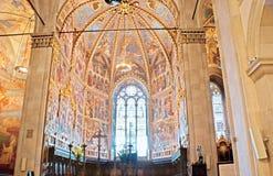 洛雷托省大教堂内部  图库摄影