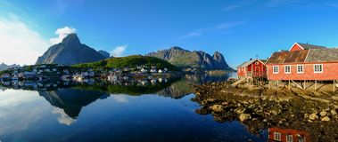 雷讷村庄在挪威 免版税库存图片