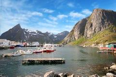 雷讷港口美丽的景色在Lofoten海岛, 库存图片