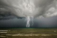 雷暴。 库存照片