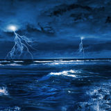 雷暴在海 免版税库存照片