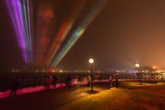 雾在悉尼覆盖环形码头。 免版税库存照片