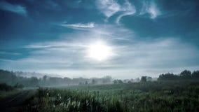 雾在黎明,时间舔4k 股票录像