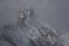 雾山顶 库存图片