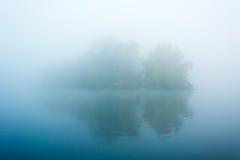 3雾海岛 免版税库存照片