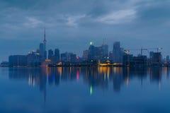 雾的街市多伦多 库存照片