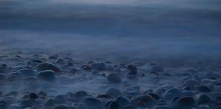 雾石头 免版税库存图片