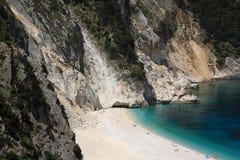 震惊海滩的myrtos 免版税库存照片