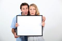 震惊的夫妇 免版税库存照片
