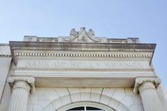 霍利斯普林斯银行  免版税库存照片