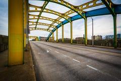霍华德街桥梁,在巴尔的摩,马里兰 图库摄影