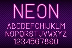 霓虹字体、发光的轻的字母表和数字 光效应字体 向量 免版税库存照片