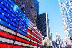霓虹时常美国旗子正方形, NYC 免版税库存图片