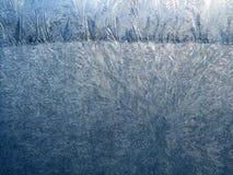 霜的宏观样式在玻璃窗的 免版税库存图片
