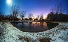 结霜的月亮 免版税图库摄影